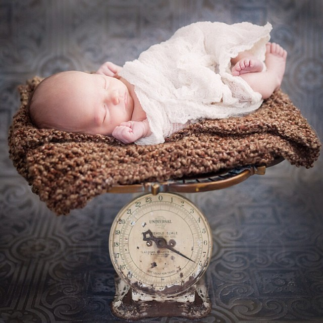 Little Newbie. #babyphotography #naturallight #minnesota #vintage