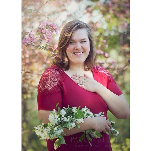 Lovely Miss Sarah - class of 2014. #spring #flowers #seniorpictures #owatonna #paquinstudio #pink #naturallight